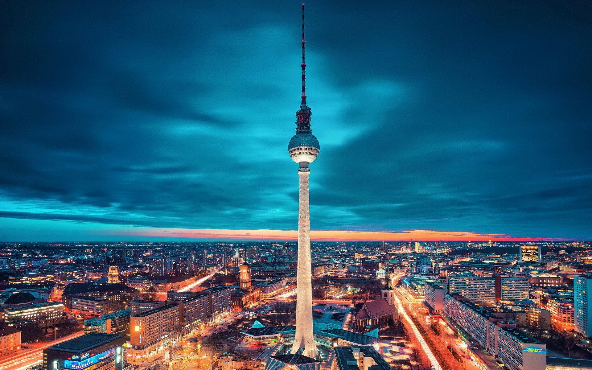 2 Giugno a Berlino Volo + 3 notti in appartamento
